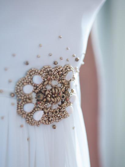 wedding dress, wedding, portrait, flowers, madrid, rosa veloso
