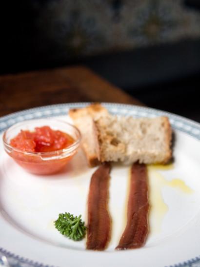 anchoas, pan tumaca, anchovy, Spanish food, comida española, mediterranean, foodies, chef, cook, home chef, madrid, rosa veloso