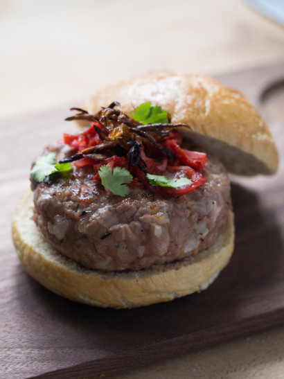 meat burger, kimchi, asian food, spice, foodies, chef, cook, home chef, madrid, rosa veloso