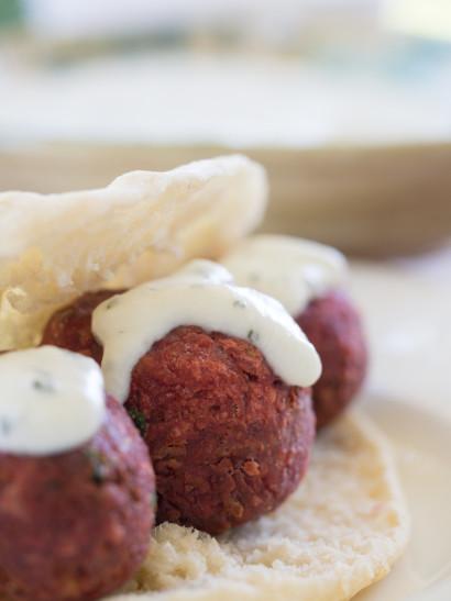 Beetroot falafel, Lebanese food, mediterranean, foodies, chef, cook, home chef, madrid, rosa veloso