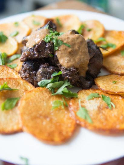 rabo de toro, fried potatoes, comida española, Spanish food, foodies, chef, cook, home chef, madrid, rosa veloso